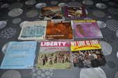 45 tours vinyles avec entre autre  Les enfants de Dieu  10 Perreuil (71)