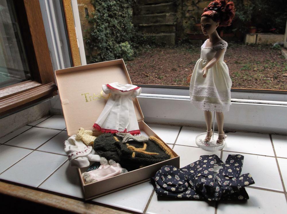toute une collection de poupées  40 Saint-Denis-de-Cabanne (42)