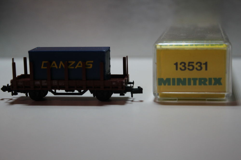 train N MINITRIX 13531 wagon à rancher container DANZAS 15 Colombes (92)