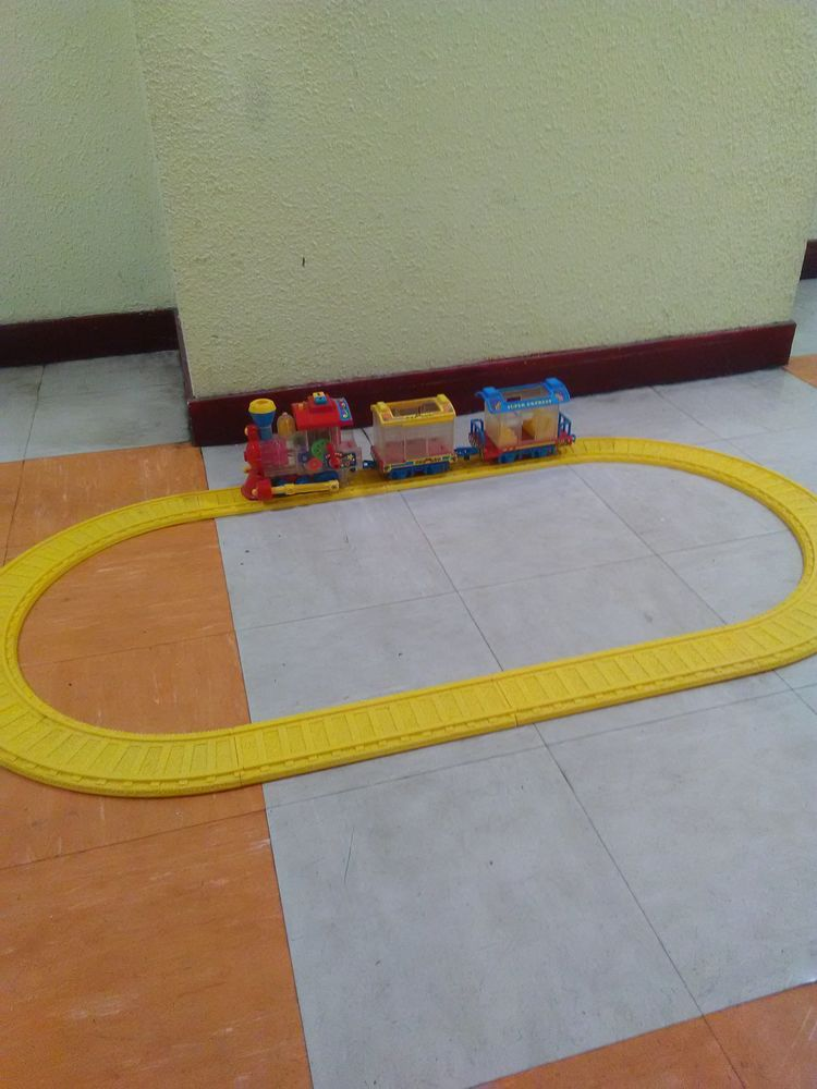 Train a piles 20 Pantin (93)
