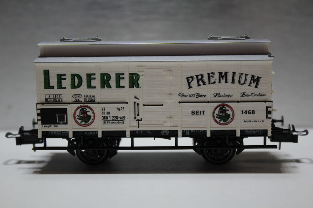 train HO TRIX 23504 fourgon couvert  LEDERER  18 Colombes (92)