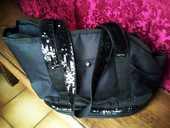sac de transport noir à paillettes pour chat et chien  20 Pringy (77)
