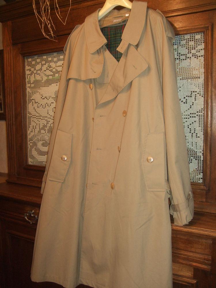 trench-coat ''vintage'' beige. Taille 40 / 42. 15 Sablet (84)