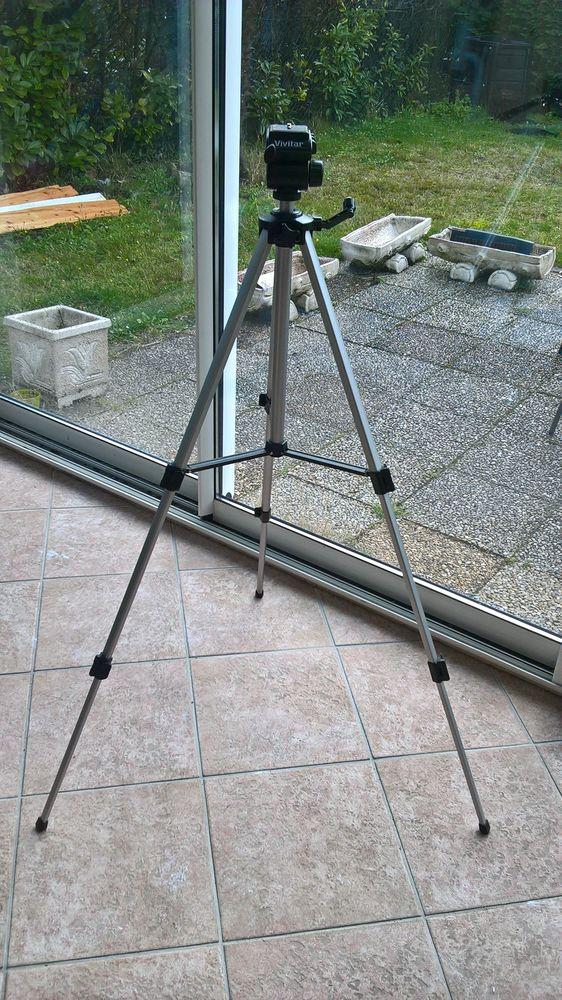 Trépied pour caméscope et appareil photo 20 Castelnau-de-Médoc (33)