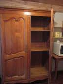 Très ancienne armoire en merisier massif  1200 Metz (57)