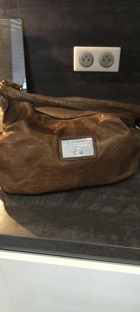 Très beau sac en cuir le Tanneur. 40 Bollwiller (68)