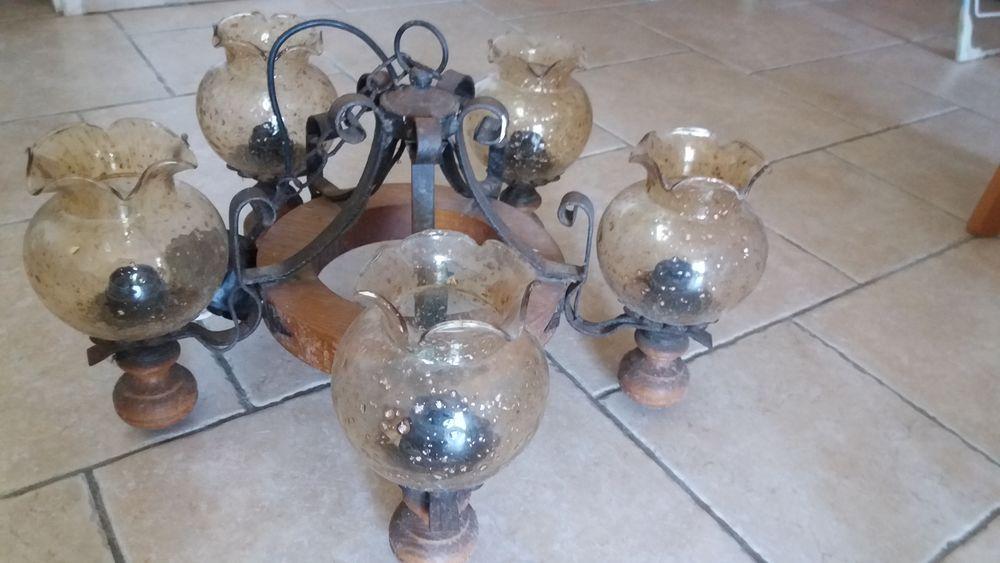 Tres beau lustre en chene massif et verre soufflé  25 La Seyne-sur-Mer (83)