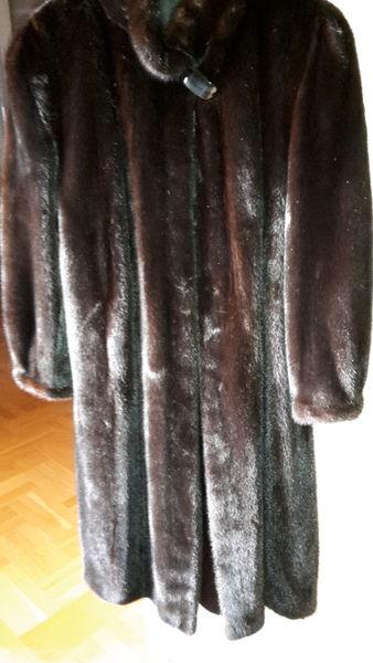 très beau manteau en vison d'élevage  fourrures du Nord  t44 800 Villebon-sur-Yvette (91)
