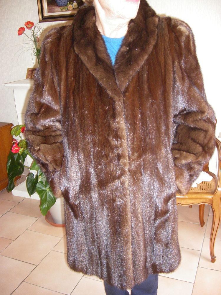 Très beau manteau de vison 3/4  - Pierrot Le Loup  199 Saint-Jean (31)