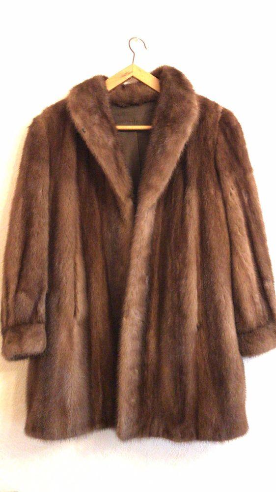 très beau manteau de vison. Taille L. 190 Paris 9 (75)