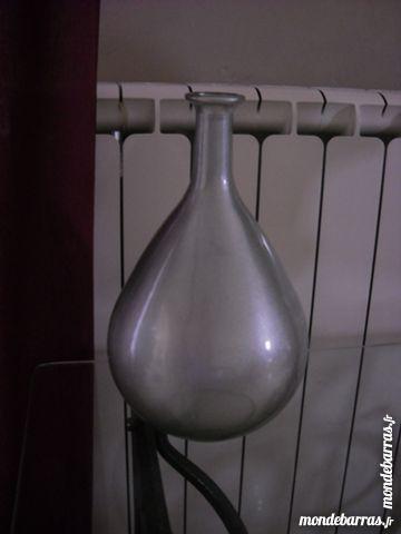 très beau vase design 10 Entraigues-sur-la-Sorgue (84)