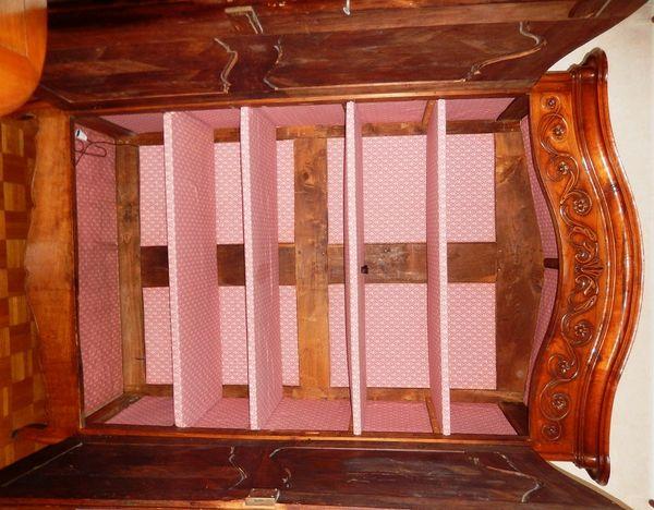 Très belle armoire de style en merisier 0 Fougères (35)
