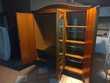 Très belle armoire merisier décorée Meubles