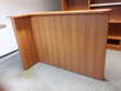 très belle banque d accueil avec bureau incorpore en bois