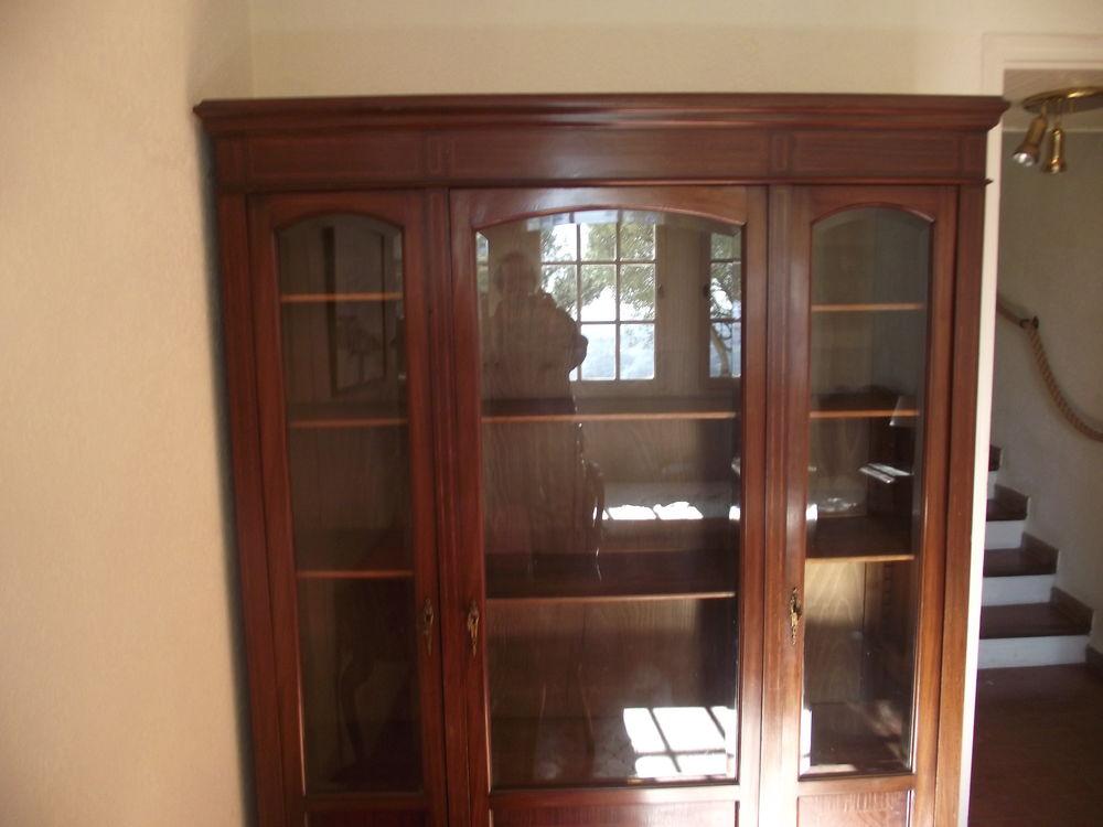 très belle bibliothèque + autres meubles 250 Roquebrune-sur-Argens (83)