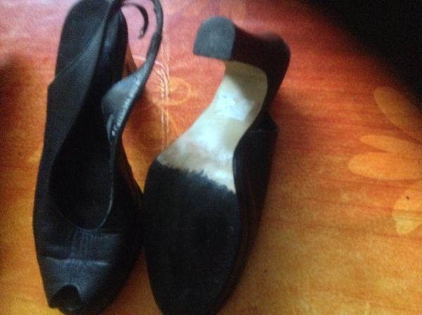 Trés belle chaussures cuir  trés bon état 15 Six-Fours-les-Plages (83)