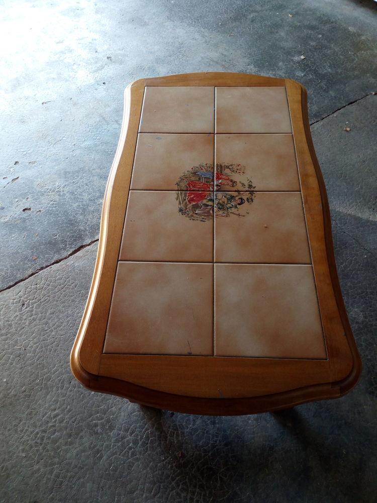 très belle table de salon 50 Cluny (71)