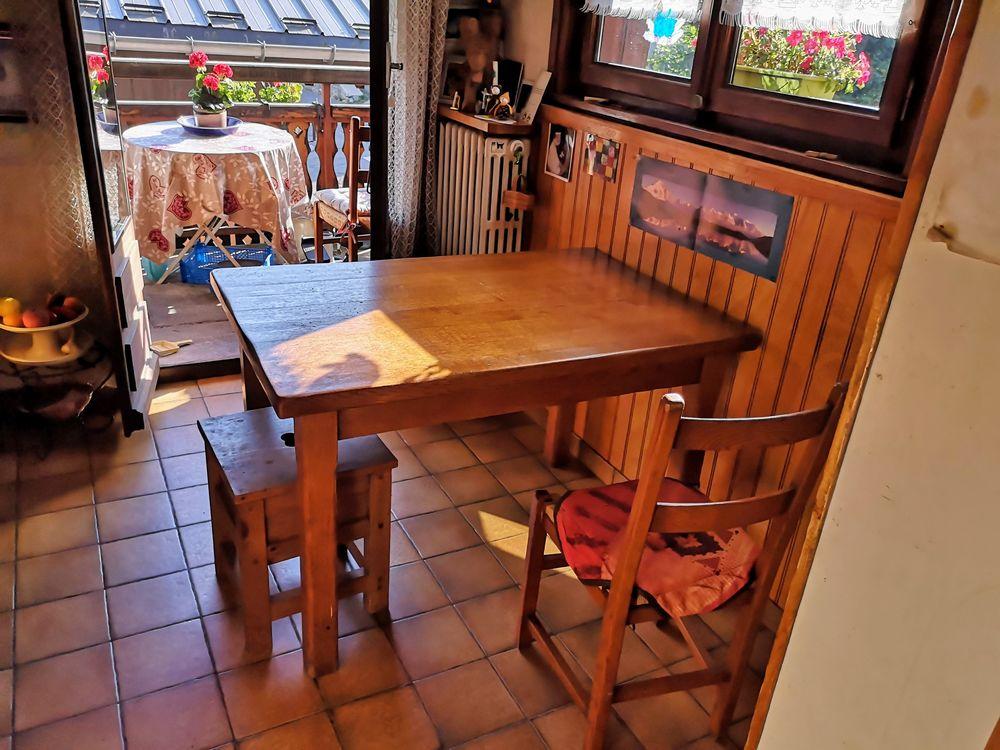Très belle table en chêne massif  200 Chamonix-Mont-Blanc (74)
