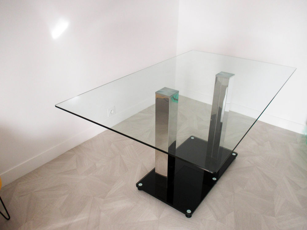 Très Belle Table Rectangulaire Design 250 Créteil (94)