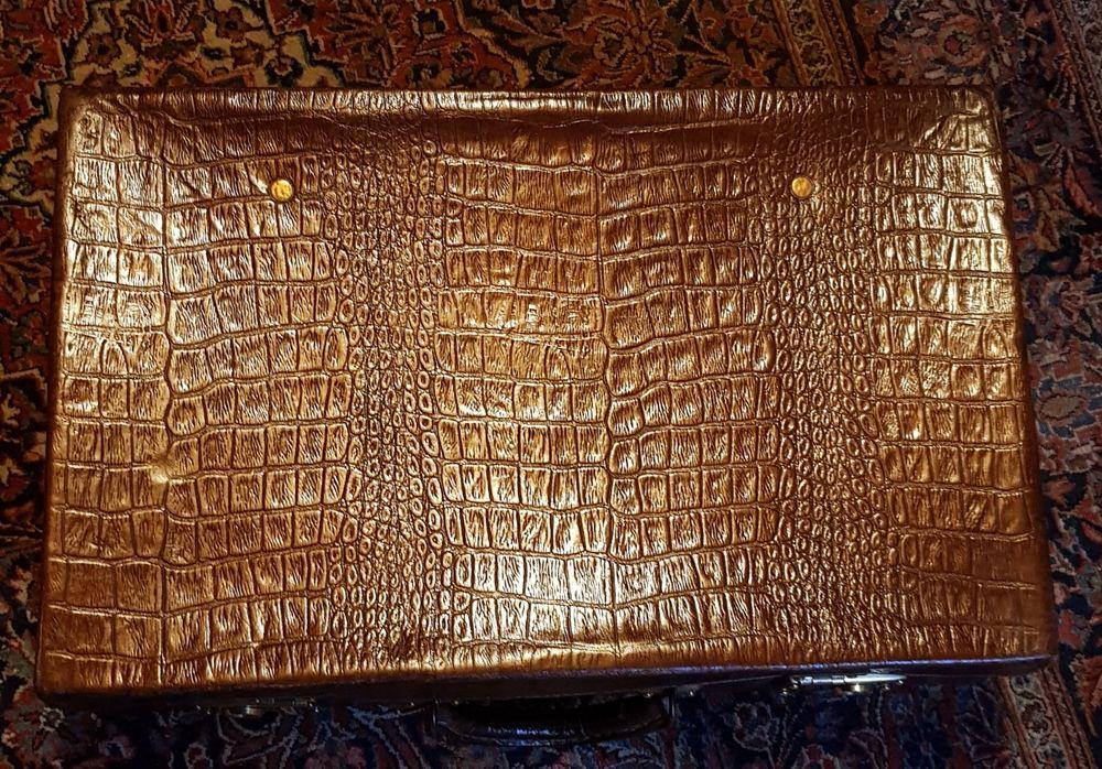 Très belle valise en cuir début XX° siècle collection - - Pa 0 Mont-de-Marsan (40)