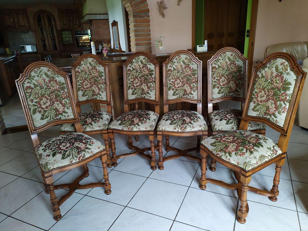 6 très belles chaises ossature chêne - tissu imprimé  clouté 850 Seysses (31)