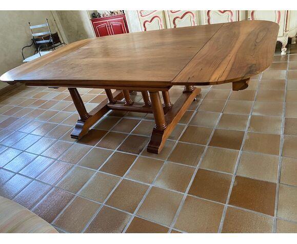 trés grande table en noyer massif 2800 Six-Fours-les-Plages (83)