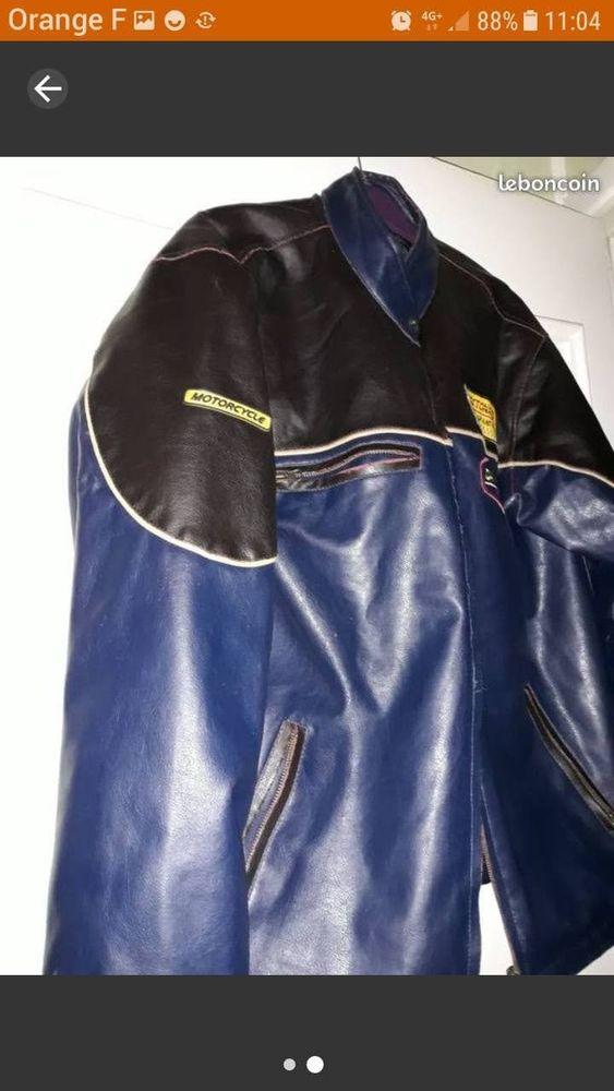 Très joli blouson homme taille Xl très bon état  bleu marine et petite rayure jaune,en cuir 60 Grenoble (38)