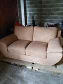 Très joli canapé. 250 Langon (33)