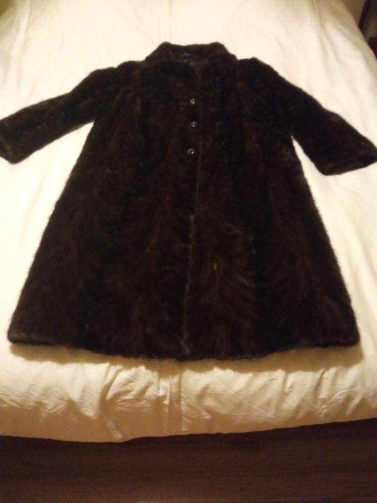 Très joli manteau neuf en fourrure vison,  350 Fontenay-le-Fleury (78)
