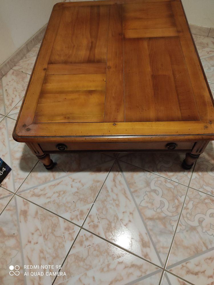 très jolie table de salon  150 Brest (29)