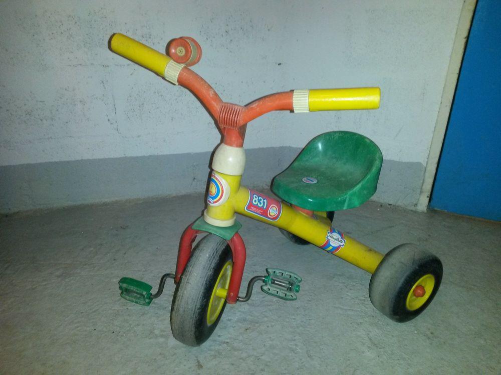 tricycle 12 Paris 15 (75)