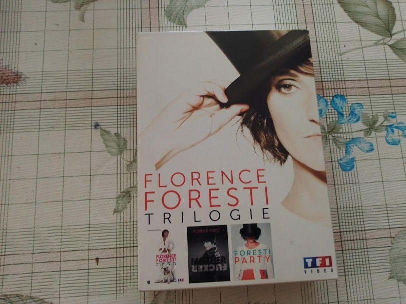 DVD trilogie Florence Foresti-  5 Plobannalec-Lesconil (29)