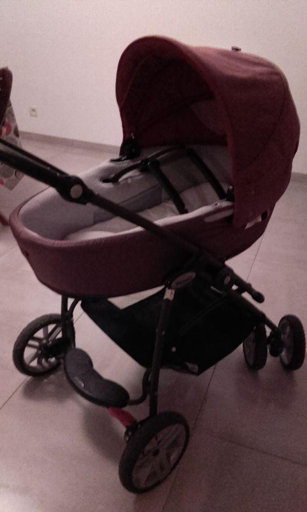 trio loola ( poussette + cosy +nacelle) bébé Confort 60 Chalonnes-sur-Loire (49)