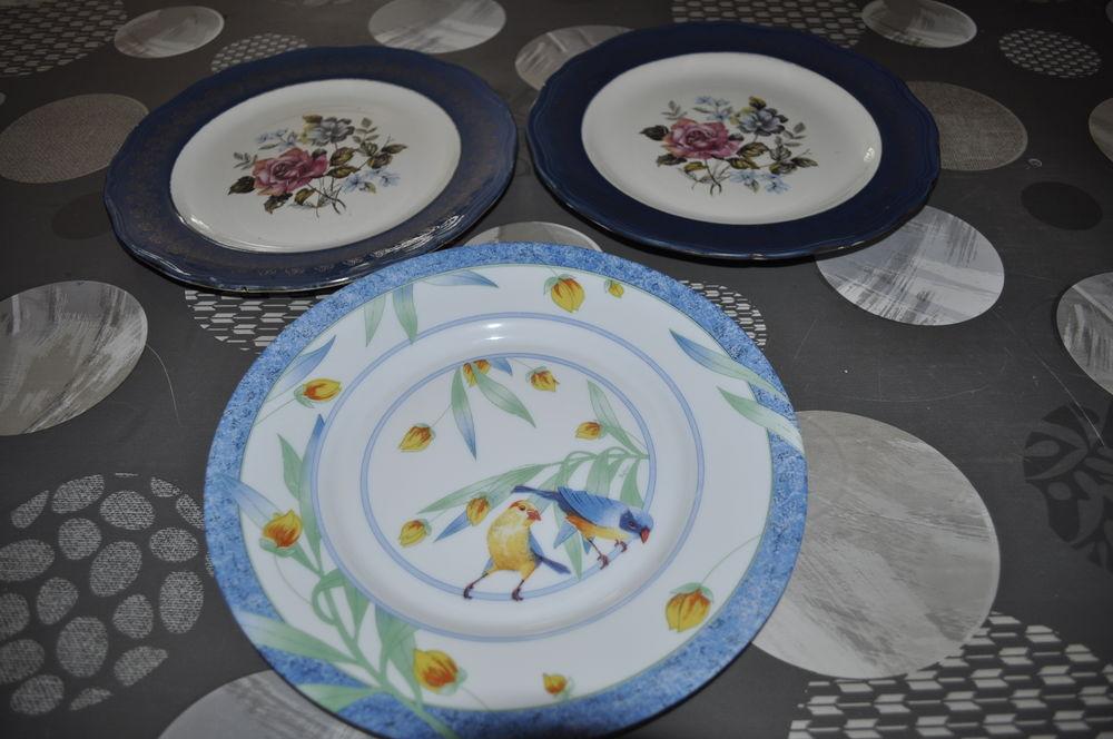 Lot de trois assiettes décoratives Cuisine