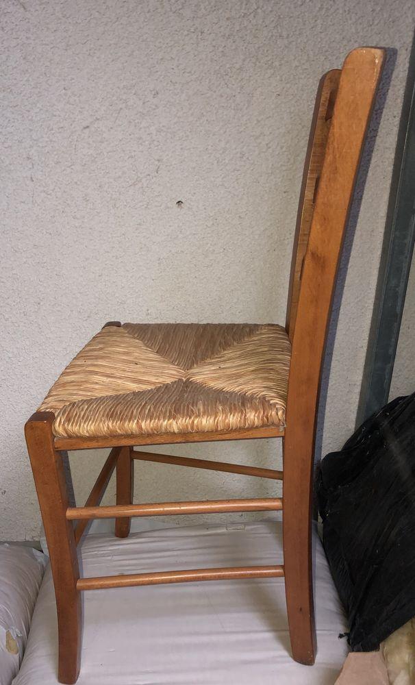 Lot de trois chaises  5 Lorrez-le-Bocage-Préaux (77)