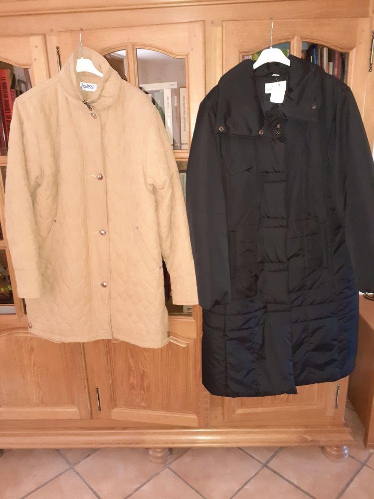 1 trois-quart et un manteau 20 Curgies (59)