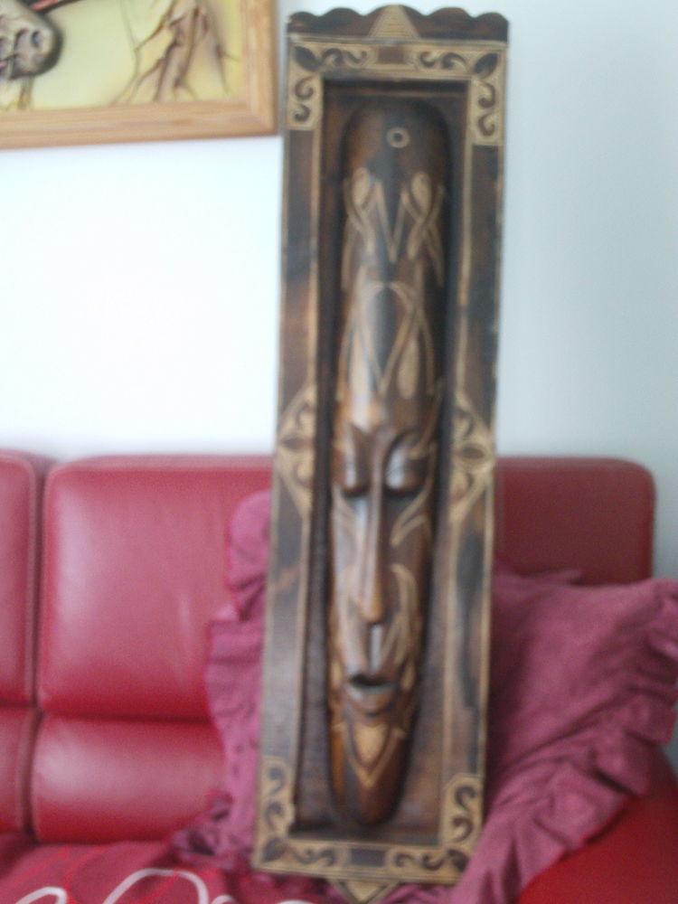 Trois reliques  différentes Africaines N° 1009 50 Beaune (21)