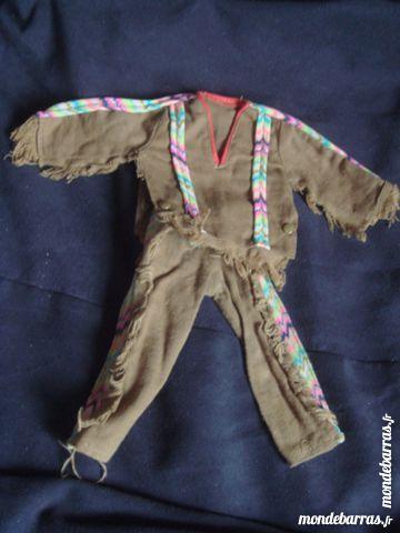 trois tenues pour poupée  Action-Joe des années 70 28 Épernay (51)