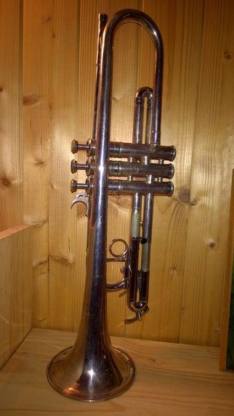Trompette Courtois 280 Lyon 7 (69)