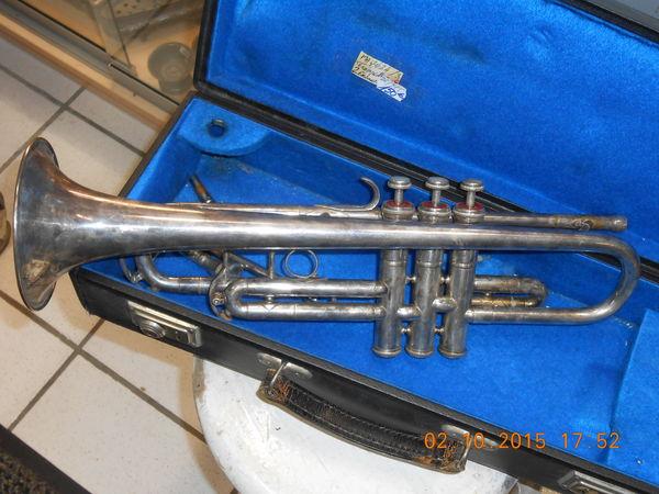 trompettes occasion villebon sur yvette 91 annonces achat et vente de trompettes. Black Bedroom Furniture Sets. Home Design Ideas