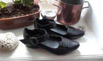 Trotteur noir* Etat neuf ** sandales,, spartiates etc ** Chaussures