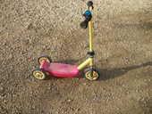 trottinette 3 roues 9 Calès (46)