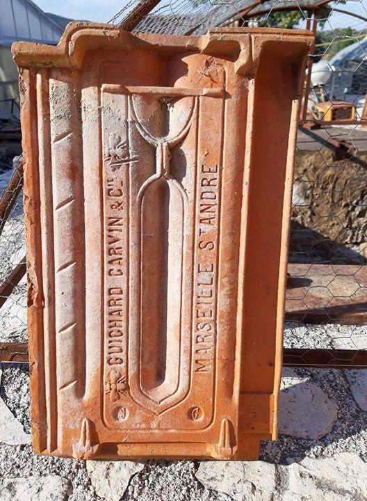 tuiles plates anciennes 1 Hyères (83)