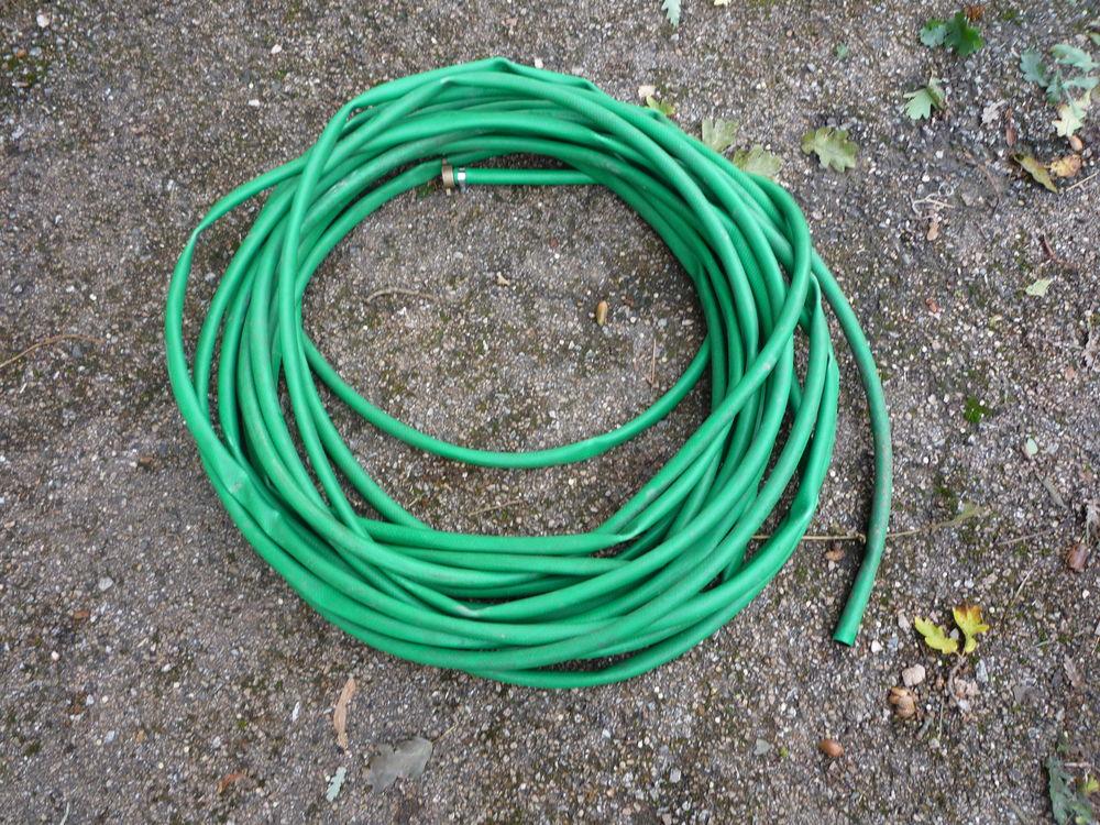 Tuyau d'arrosage vert 24 m / diamètre 10mm 35 Castres (81)