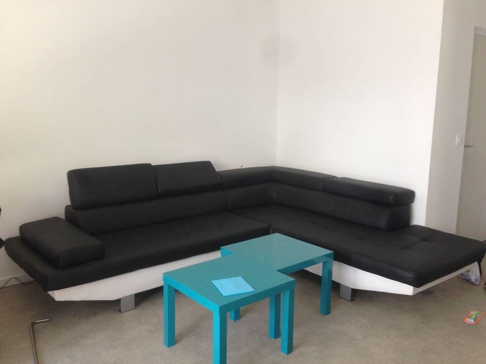 canap s cuir angle occasion dans la loire 42 annonces achat et vente de canap s cuir angle. Black Bedroom Furniture Sets. Home Design Ideas