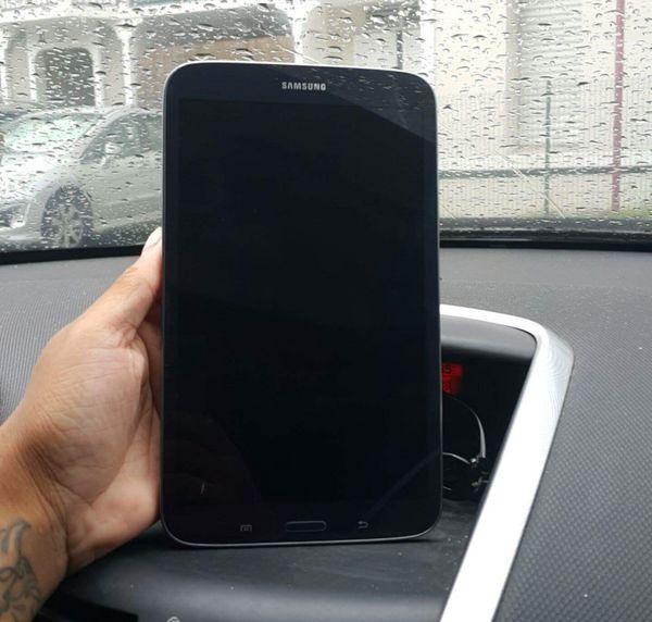 URGENT Samsung Galaxy Tab 3 160 Martinique (97)