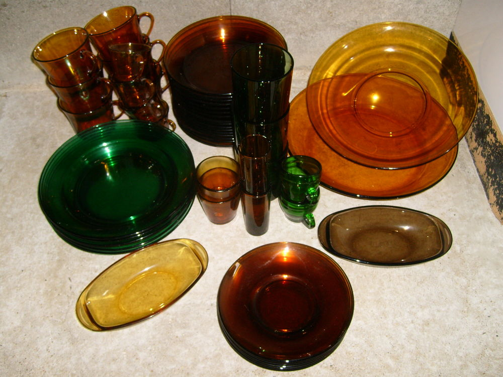 Vaisselle ancienne transparente jaune et vert 0 Varades (44)