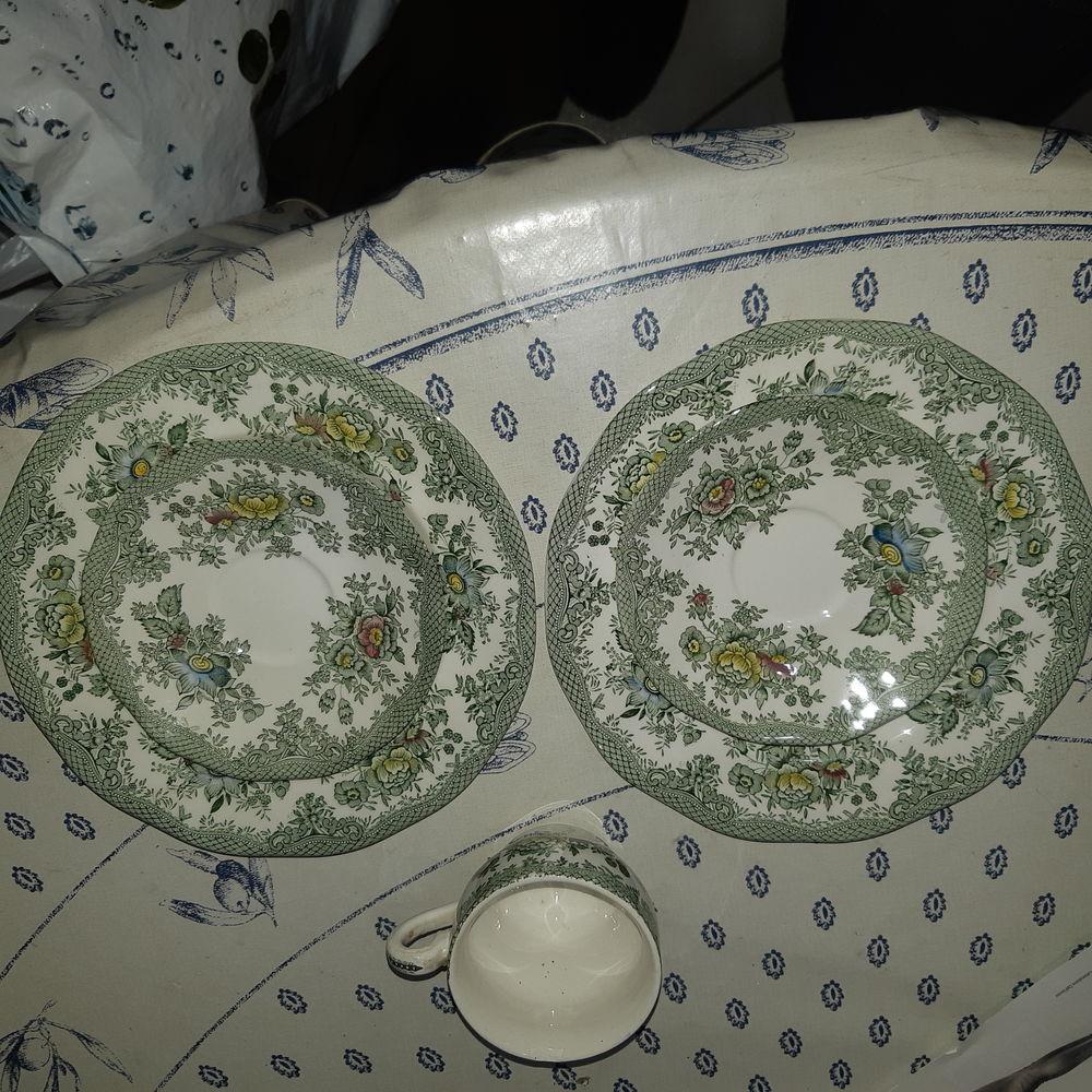 Vaisselle anglaise 1 Croix (59)