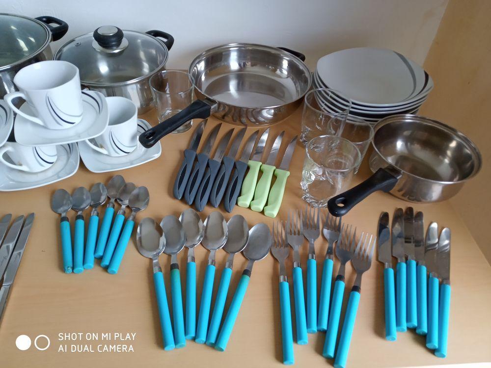 Vaisselle et casseroles 80 Nancy (54)