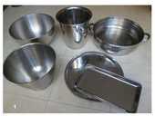 vaisselle inox, couvercles variés, ..... zoe 3 Martigues (13)